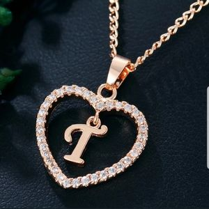 New beautiful gold color letter T necklace